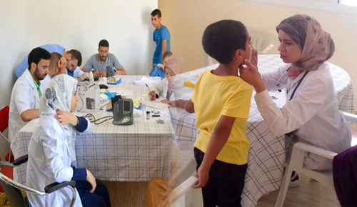 عمالة الدريوش تواصل تنزيل برنامج القوافل الطبية وتحط الرحال بدوار أولاد ادريس بجماعة امطالسة