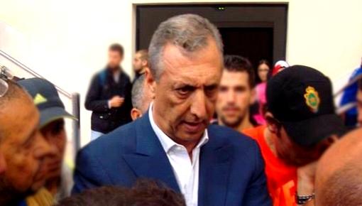 بعد احتجاجات غير مسبوقة.. عامل إقليم الحسيمة يحل بمطار الشريف الإدريسي في زيارة مباغتة