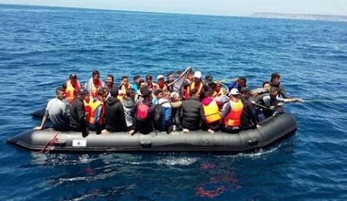 الإعلام الإسباني يربط تراجع نسبة المهاجرين المغاربة السريين من سواحل الريف بهذا السبب