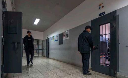 إدارة سجن عكاشة تهدد المواقع الإلكترونية باللجوء إلى القضاء