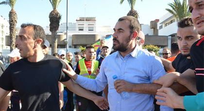 """ناصر الزفزافي يتخطى المرحلة الأولى في سباقه نحو جائزة """"زاخاروف"""" التي يمنحها الاتحاد الأوروبي"""