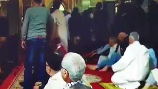 """الحسيمة.. عناصر أمنية تنقل """"المهدي المنتظر"""" صوب مستشفى المختلين عقليا"""