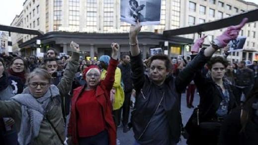 وقفة إحتجاجية للمطالبة بتسوية أوضاع المهاجرين غير الشرعيين ببلجيكا