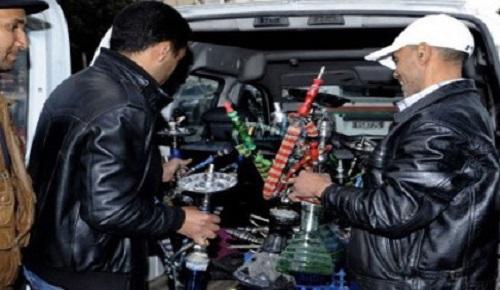 الأمن يشن حملة واسعة على مقاهي الشيشة ويحجز عددا من قنينات النرجيلة بالناظور