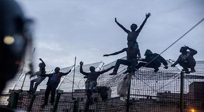 جمعية حقوقية تراسل المدير العام للأمن الوطني بشأن تعنيف وتوقيف مهاجرين بالناظور