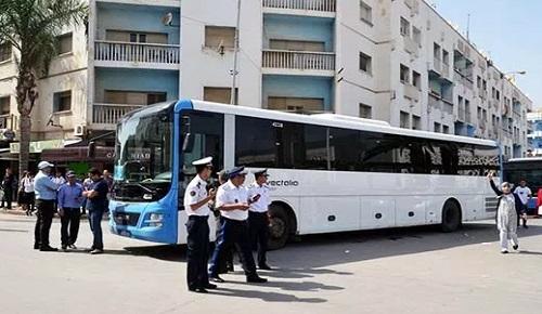 """بعد 11 يوما على شل حركة النقل الحضري بالناظور.. عمال حافلات """"فيكتاليا"""" ينهون إضرابهم"""