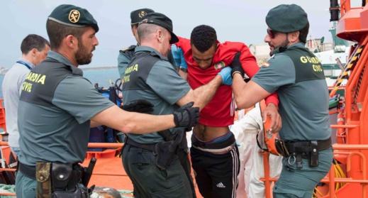 يتيم يدعو إسبانيا إلى تشجيع الهجرة الآمنة والقانونية
