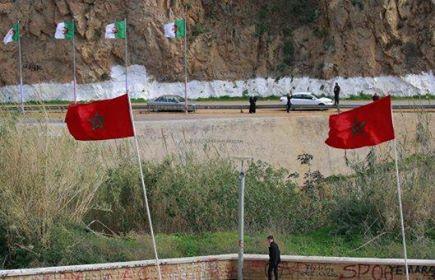 خطير.. مهربون يطلقون النار على دورية للقوات المسلحة ويصيبون عسكري بجروح