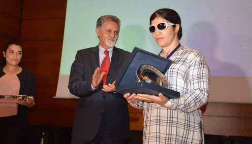 """تتويج الشاعرة الريفية """"نور أعراب"""" بالجائزة الوطنية للثقافة الأمازيغية"""