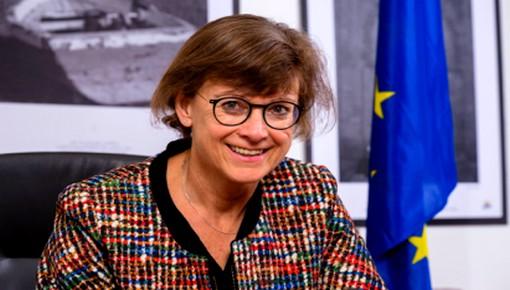سفيرة الاتحاد الأوروبي بالمغرب تحل بالحسيمة