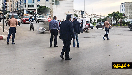 الناظور.. سائق سيارة أجرة يحاول إضرام النار في جسده إحتجاجا على توريطه في قضية تتعلق بالمخدرات