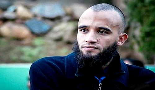 الناشط المرتضى إعمراشا يستبق حكم محكمة الإرهاب: أنا بريء من تهم التطرف والتحريض