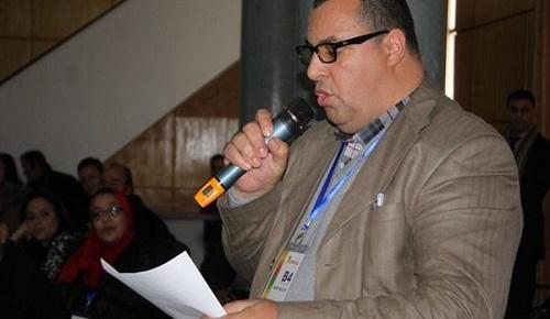 الحسين أمزريني يكتب: الساعة التي صنعت حديث الساعة