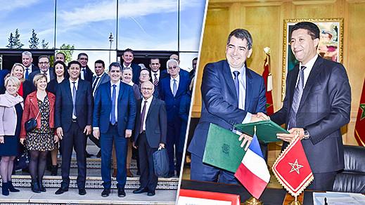 رئيس جهة الشرق يوقع اتفاقية شراكة مع رئيس جهة الشرق الكبرى بفرنسا