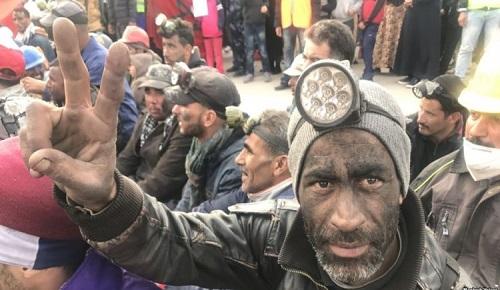 """تفاصيل جلسة محاكمة 19 من معتقلي """"حراك الفحم"""" بجرادة.. احتجاج العائلات ومطالب الدفاع"""
