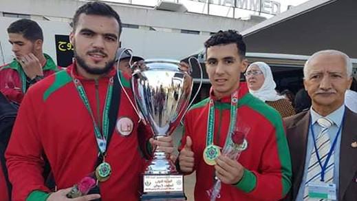 البطل الحسيمي أسامة ديدوح ينال لقب بطولة العرب في رياضة الكيك بوكسينغ بالجزائر