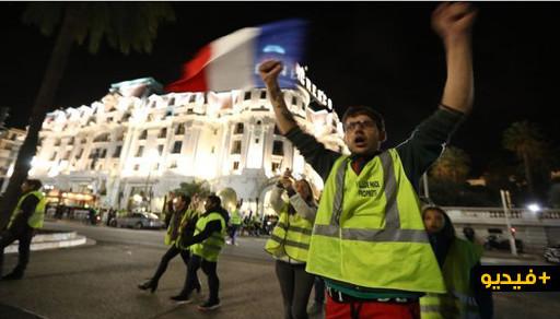 حركة السترات الصفراء تشل فرنسا إحتجاجا على إرتفاع الوقود.. قتيل وجرحى وعدد من الإعتقالات