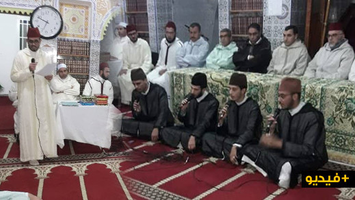 الدريوش: مدرسة أنس بن مالك بقاسيطة تحيي حفلا دينيا بمناسبة المولد النبوي الشريف