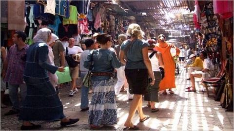 """رغم كونه بلدا آمنا.. إسبانيا تنصح مواطنيها بـ""""الحذر"""" حين سفرهم إلى المغرب"""