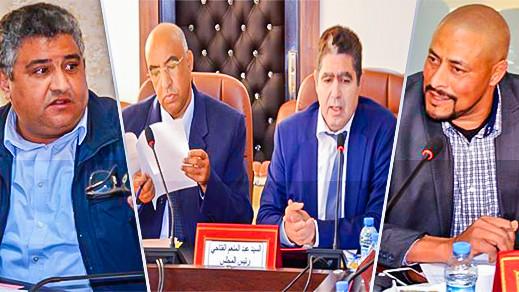 المجلس الإقليمي للدريوش يصادق على اتفاقيات تنموية وثقافية ومشاريع برنامج الطرق في دورة استثنائية