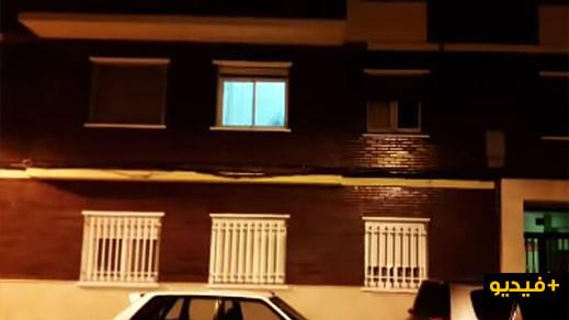 """شاهدوا الفيديو.. مهاجر مغربي ينقذ سيدة من الموت على طريقة """"سبيدرمان"""" بإسبانيا"""
