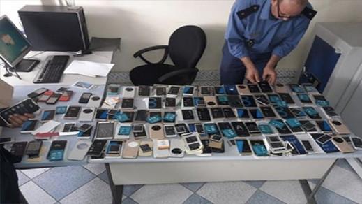 تهريب شاشات رقمية للهواتف يقود دنمركيا إلى الإعتقال بالناظور