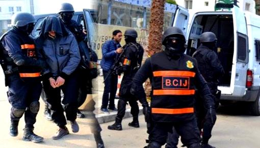"""قوات أمنية تحل بالدريوش وتعتقل شخصا بطريقة هوليودية وفرضية علاقته بجريمة """"شمهروش"""" واردة"""