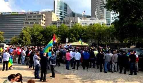 مغاربة وفعاليات حقوقية وجمعوية بأوربا يحتجون بباريس ضد مافيا العقار والرعي الجائر