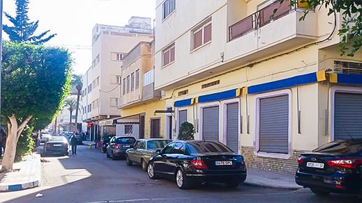 غالندو.. المقهى التي ارتادها احمد بن بلا وعباس امساعدي و محمد شكري