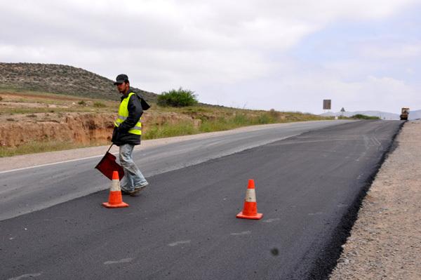توسيع وتزفيت الطريق الوطنية الرابطة بين الناظور ووجدة عبر زايو