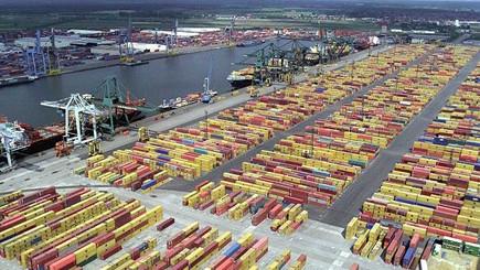 الجمارك تضبط أكثر من 50 طنا من الكوكايين في ميناء أنتويربت ببلجيكا