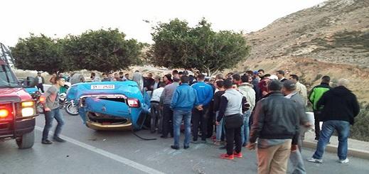 سقوط سيارة بمنحدر خطير من على عمق 50 مترا ضواحي الحسيمة