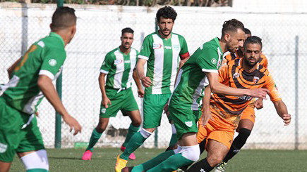 هلال الناظور يتعادل خارج ميدانه امام سلوان في مقابلة لعبها بتسعة لاعبين