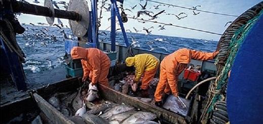 لجنة بالبرلمان الأوروبي تصادق على اتفاق الصيد البحري مع المغرب