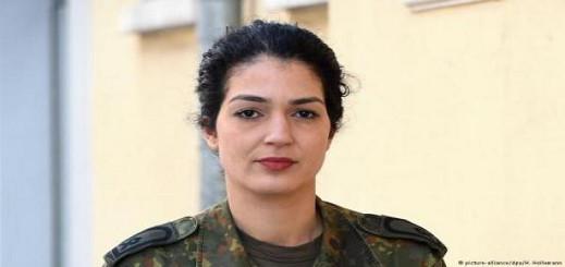 ناريمان راينكه.. مغربية مسلمة في الجيش الألماني تناضل ضد التمييز