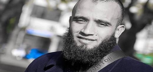 هيئة دفاع المعتقل المرتضى إعمراشا تفلح في إقناعه بتعليق إضرابه بعد تدهور حالته الصحية