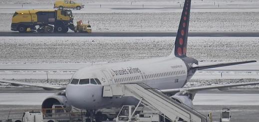 الثلوج الكثيفة تتسبب في إلغاء عدد من الرحلات الجوية بمطار بروكسل