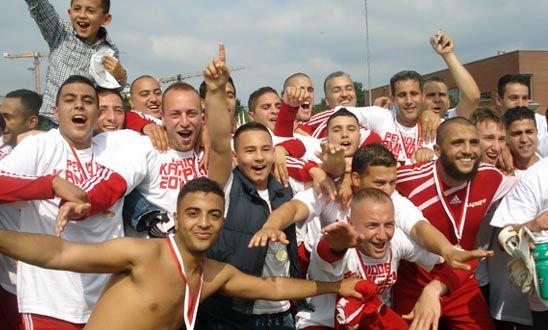 فريق مغرب 90 يحقق الصعود إلى القسم الثاني بالبطولة الهولندية