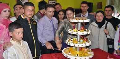 مدرسة المسيرة للحلاقة والتجميل تحتفي بتخرج 37 فردا ضمن فوج 2011