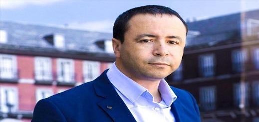 """فرنسا تقرر منح اللجوء السياسي للمحامي الريفي """"البوشتاوي"""" العضو السابق بهيئة دفاع معتقلي الريف"""