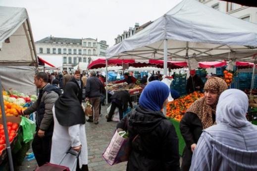 ربورتاج.. مغاربة بلجيكا يحوِّلون شوارع بروكسيل إلى مدينة مغربية
