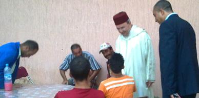 عامل الناظور يزور جمعية سلوان الثقافية في المقر المخصص لعميلة إفطار رمضان