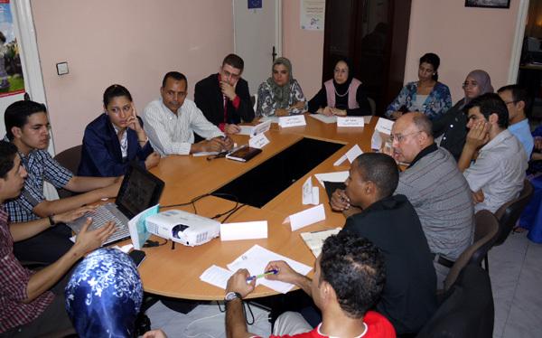 جمعية ثسغناس للثقافة والتنمية وجمعية تنمية ينظمان بالناظور مائدة مستديرة لفائدة الجمعيات