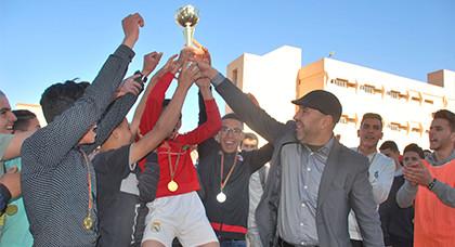 اسدال الستار عن دوري كرة القدم المضغرة بثانوية الفرابي