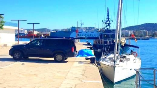 البحرية الإسبانية تعتقل 3 أشخاص وتحجز قارب محمل بـ5 أطنان من الحشيش أبحر من سواحل الريف