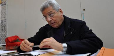 محمد بوجيدة ينسحب من دورة أكتوبر للمجلس الإقليمي للناظور وقائد بني بويفرور يتحمل مسؤولية عدم تسليمه إستدعاء الدورة