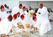 أمير المؤمنين يؤدي صلاة عيد الأضحى بمسجد أهل فاس بالرباط