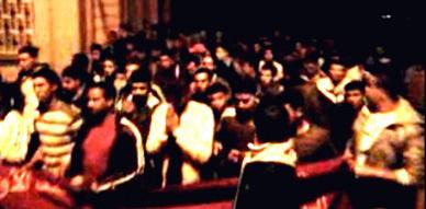 """مسيرة شعبية ببني بوعياش احتجاجا على ما سماه المحتجون بـ """"عسكرة المدينة"""""""
