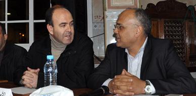 بنشماس يتهم عباس الفاسي وحزب الاستقلال بنهب المال العام خلال لقاء تواصلي له بمدينة الناظور