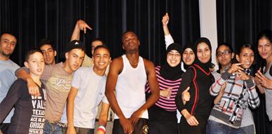 """أيام تكوينية في فن الرقص التعبيري من تنظيم جمعية """"أزول للثقافة والتنمية"""" بالناظور"""
